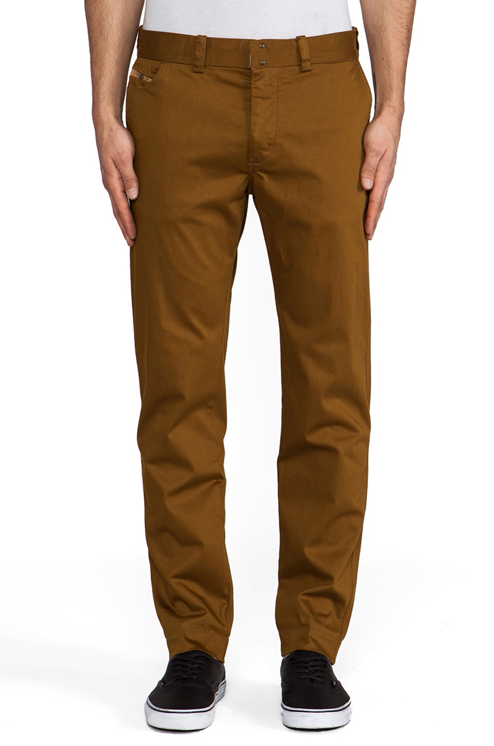 Diesel Chi Regular Chino in Deep Wood