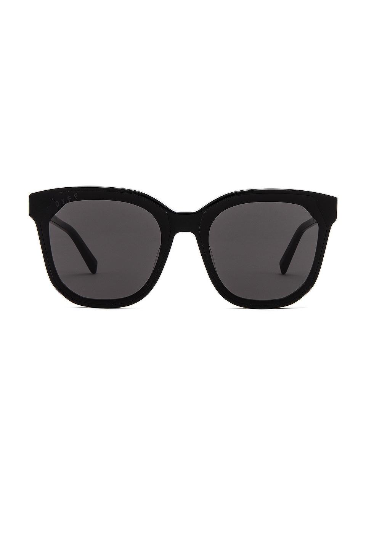 DIFF EYEWEAR Gia Sunglasses in Black & Grey