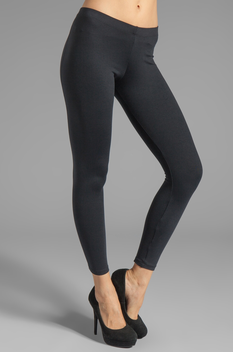 David Lerner 9' Back Zipper Legging in Black