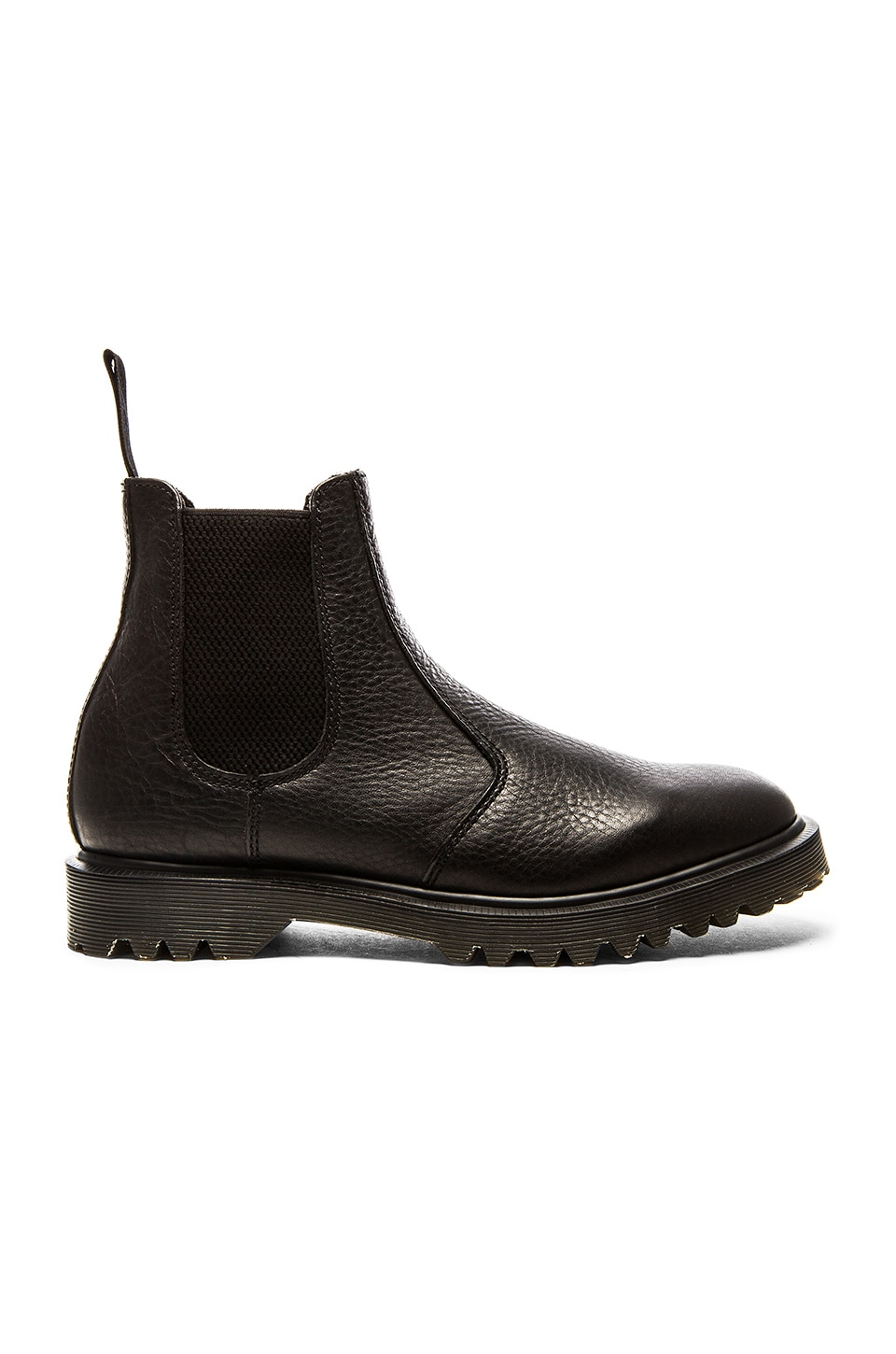 2976 Chelsea Boot by Dr. Martens