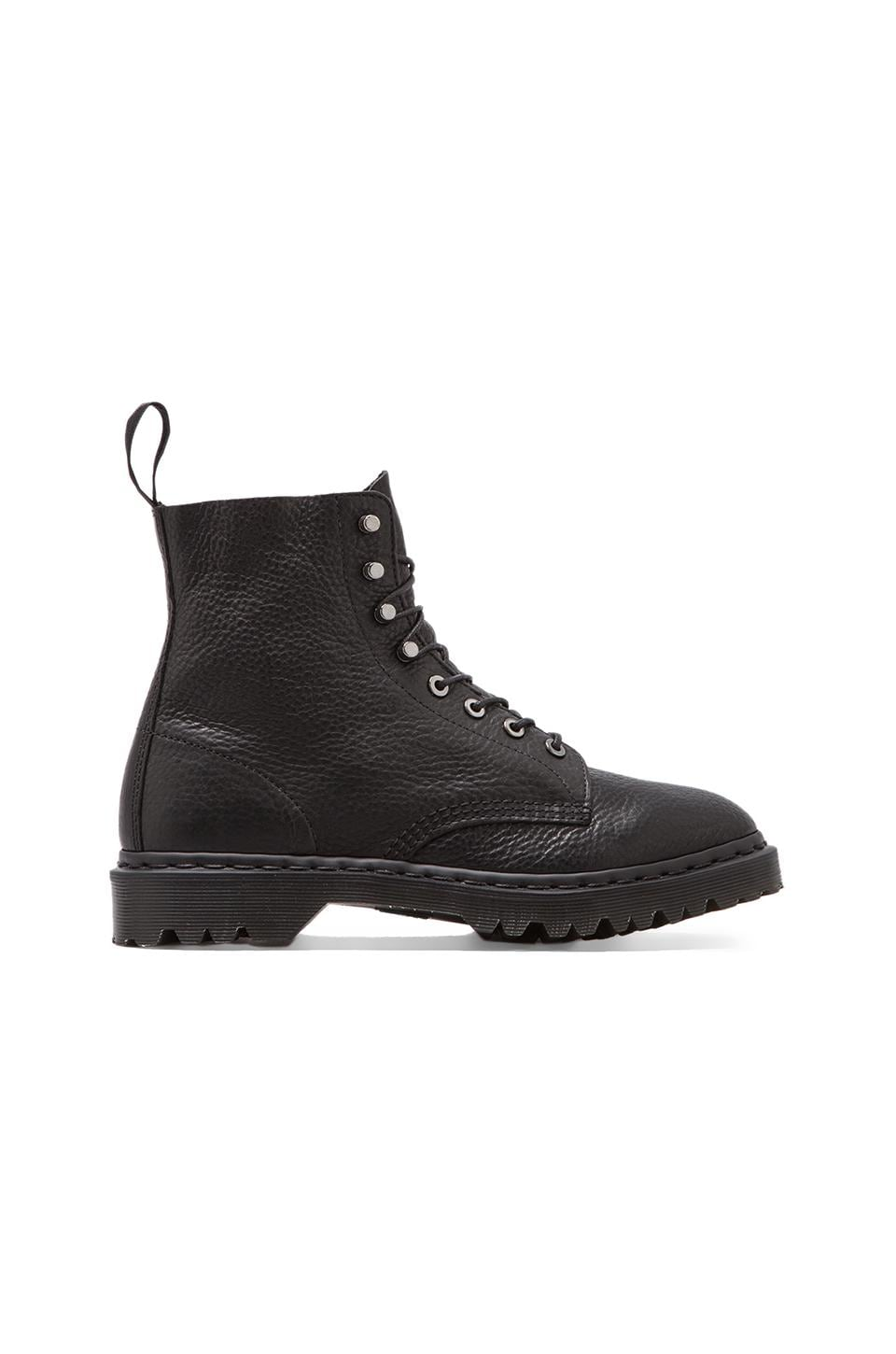 Dr. Martens Hadley 8-Tie Boot in Black