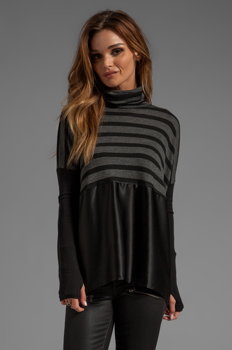 dolan Turtleneck with Thumbholes in Black/Charcoal