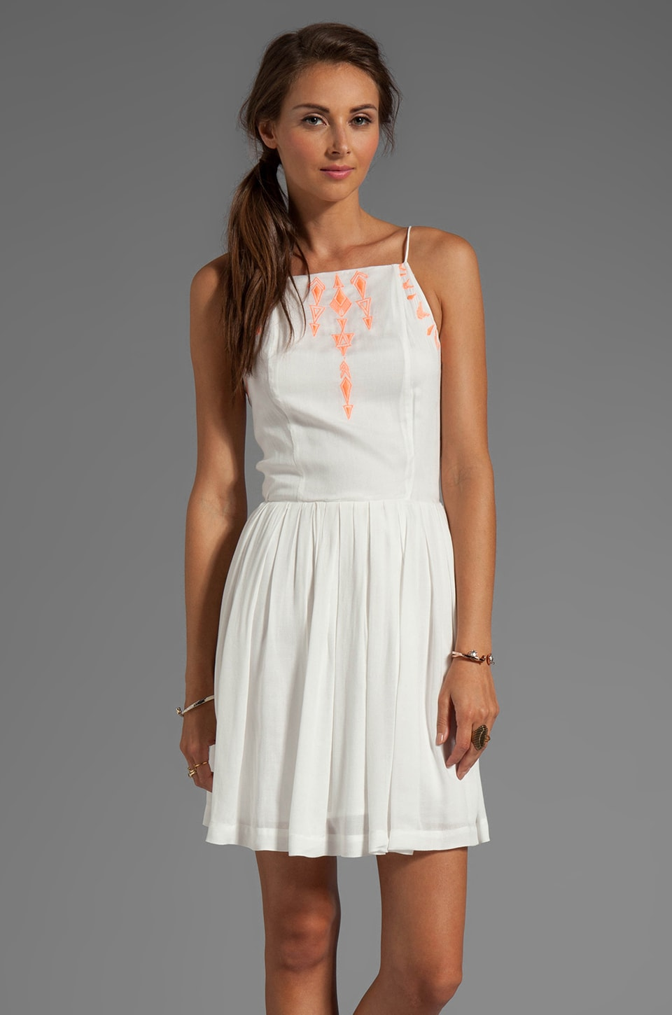 Dolce Vita Ricka Garbo Embroidery Dress in Coral/White