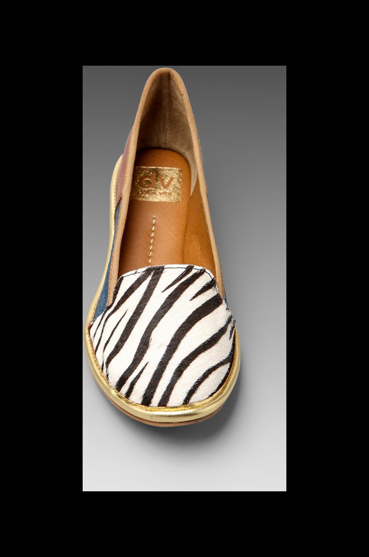 Dolce Vita Reyn Flat in Zebra