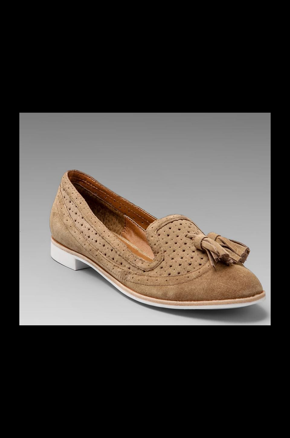 Dolce Vita Macao Loafer in Taupe