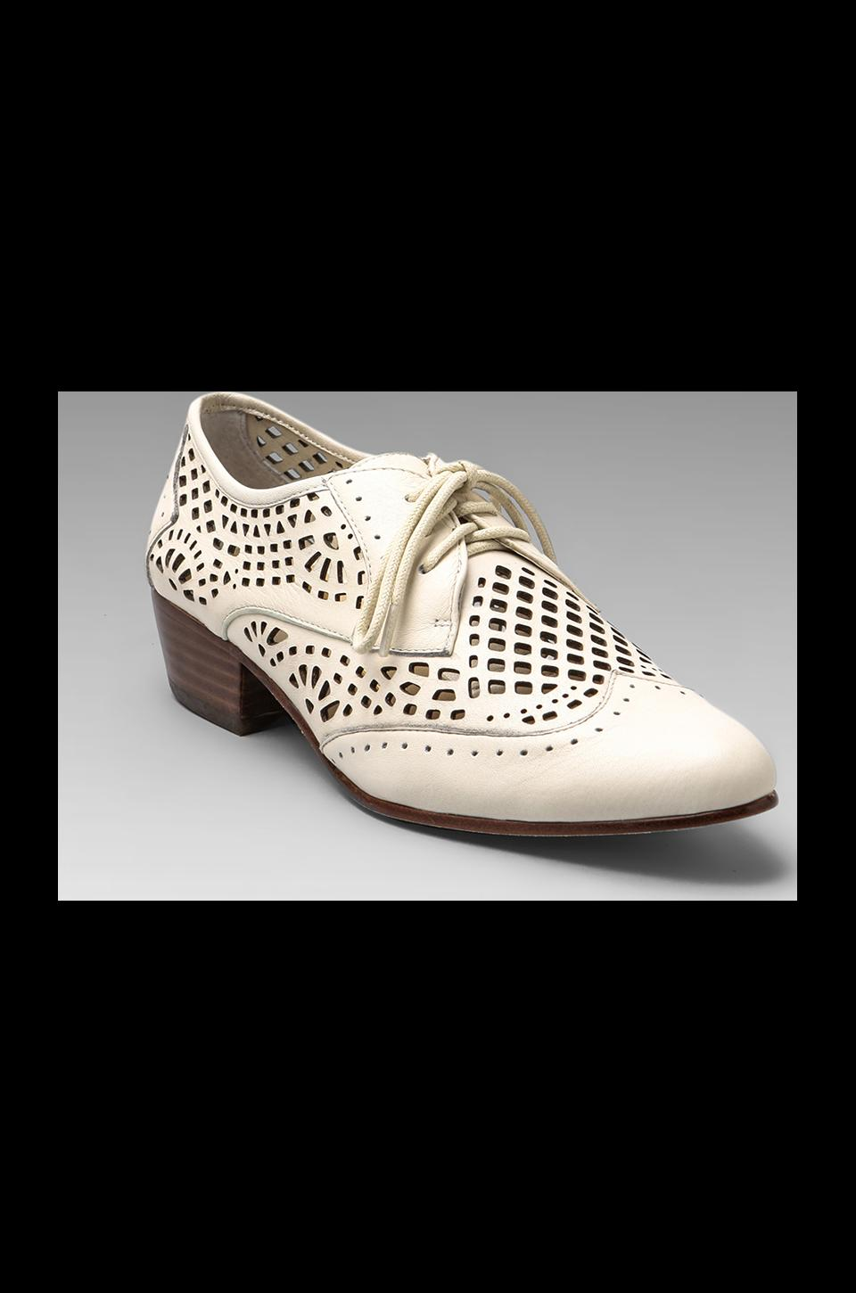 Dolce Vita Orina Oxford Flat in Bone
