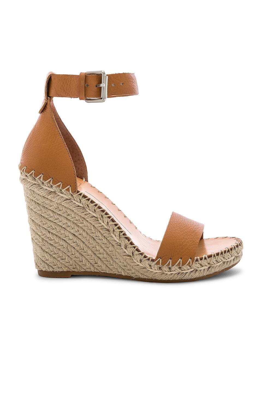 Dolce Vita Noor Sandal in Tan