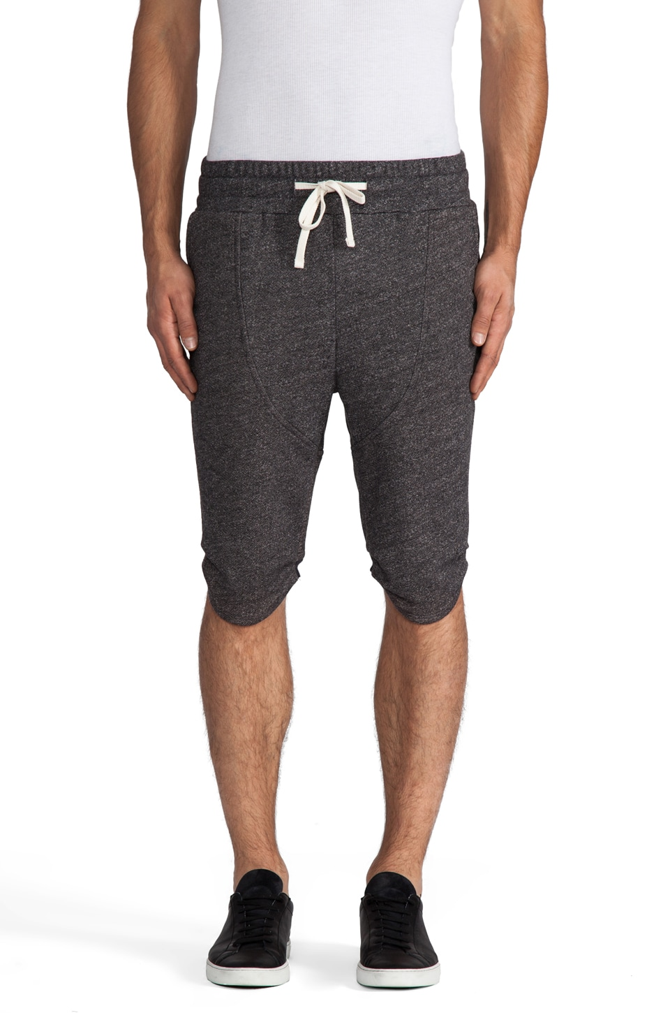 Drifter Saba Short in Charcoal