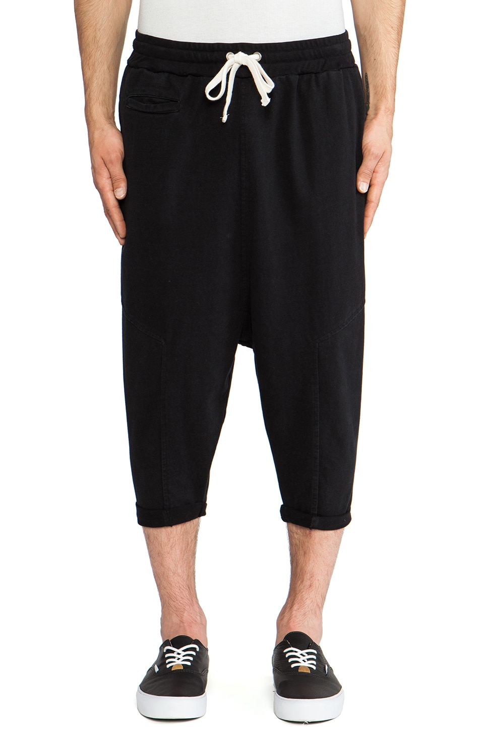 Drifter Miles Sweatshort in Black