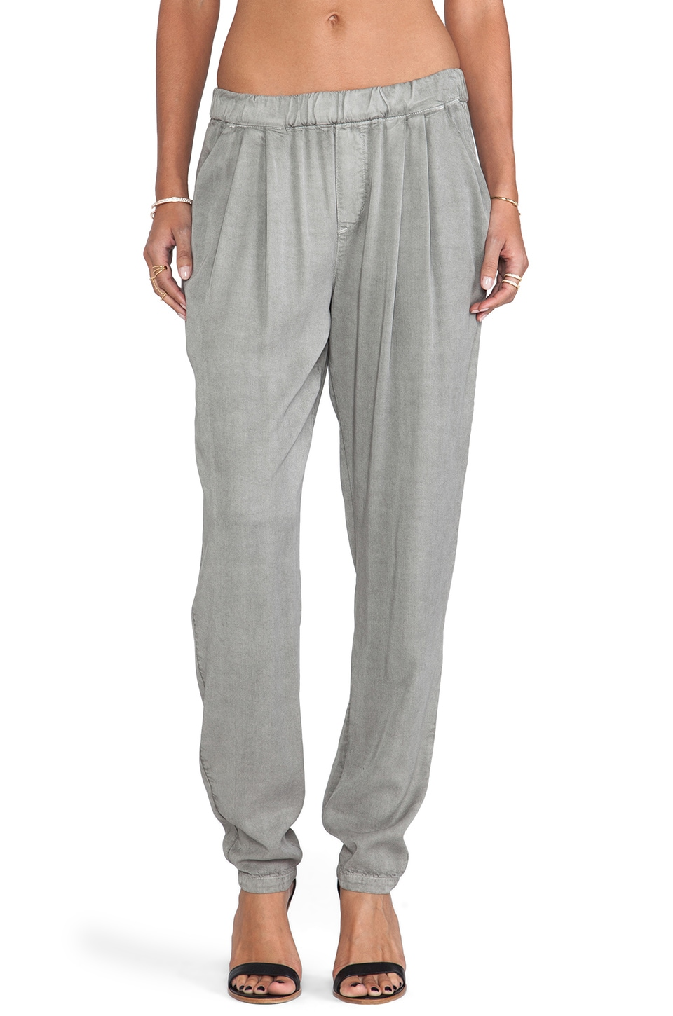 DWP Eddie Pleated Trouser in Storm Grey