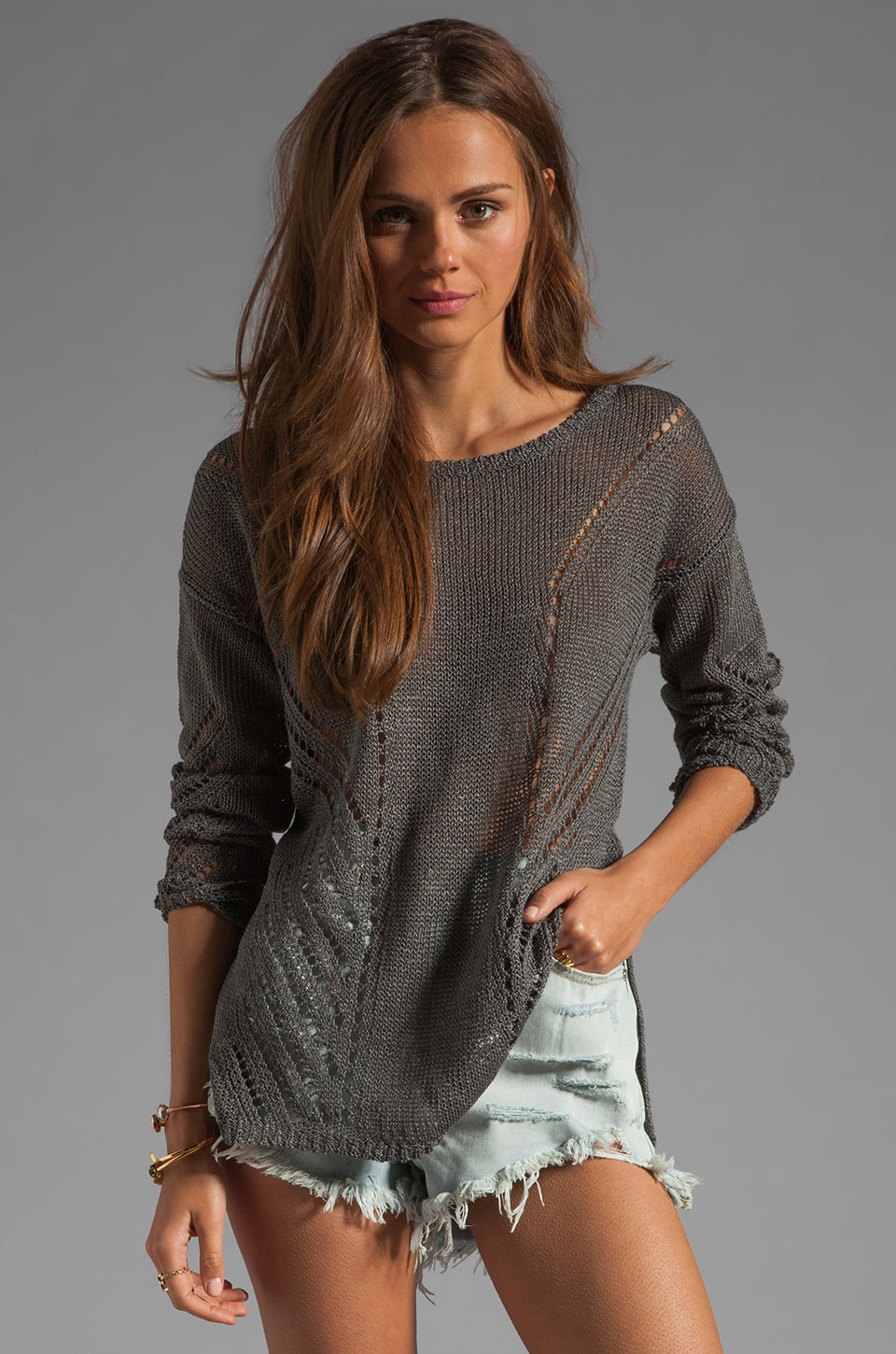 Elizabeth and James Downtown Pullover en Moody Grey