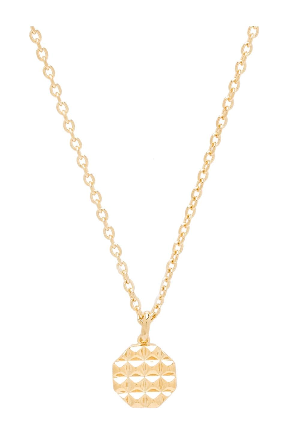 Elizabeth and James Divi Pendant Necklace in Gold