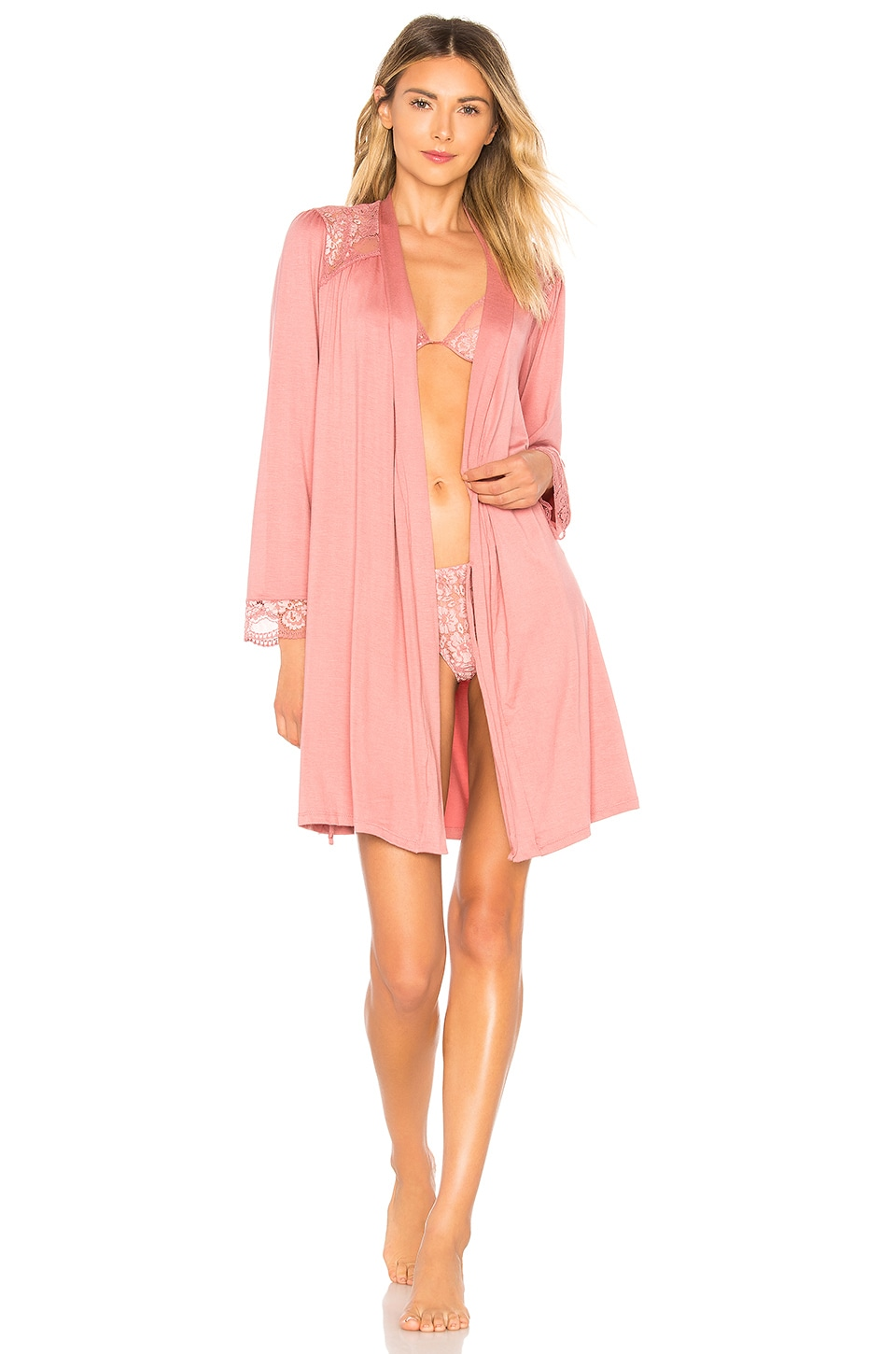 Noor The Cuff Robe