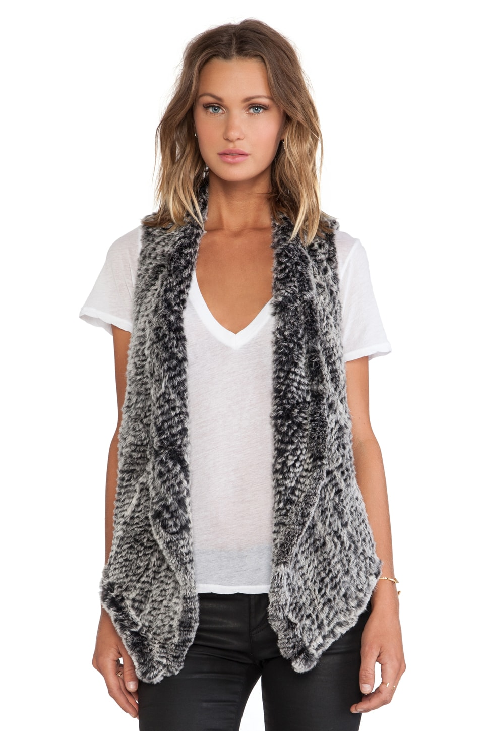 ELLIATT Sandstorm Rabbit Fur Vest in Fleck