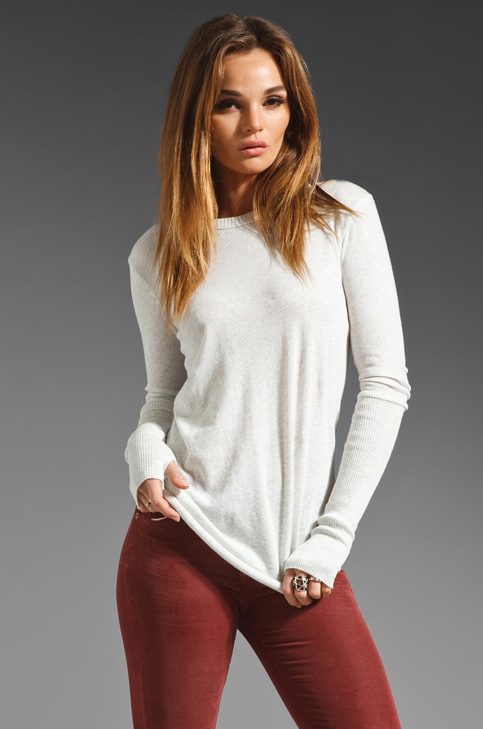 Enza Costa Cashmere Fitted Sweater en Ash