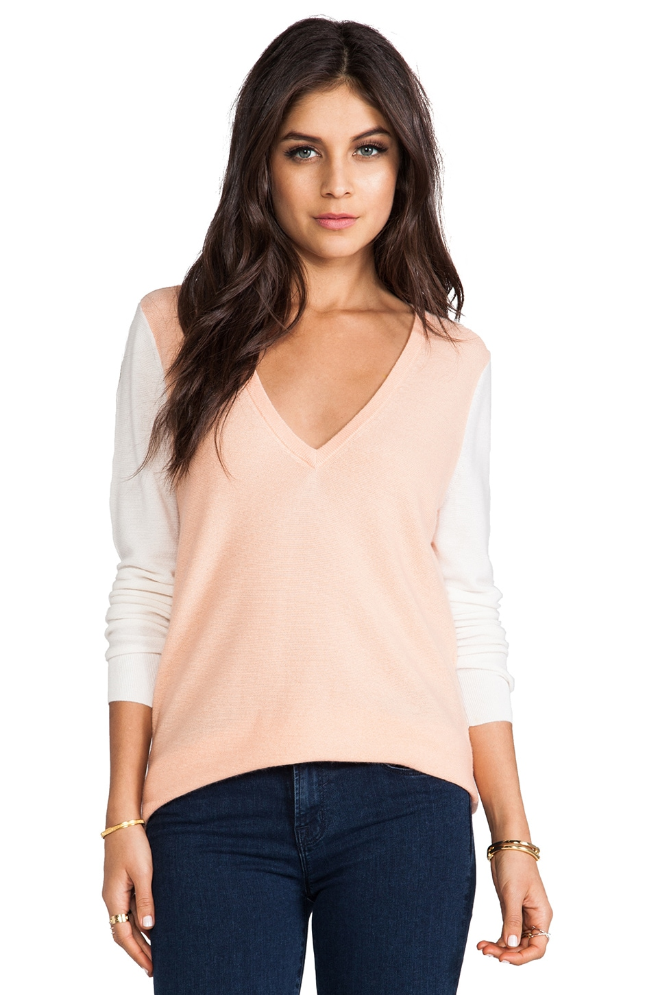 Equipment Chelsea V-Neck in Peach Nectar & Ivory