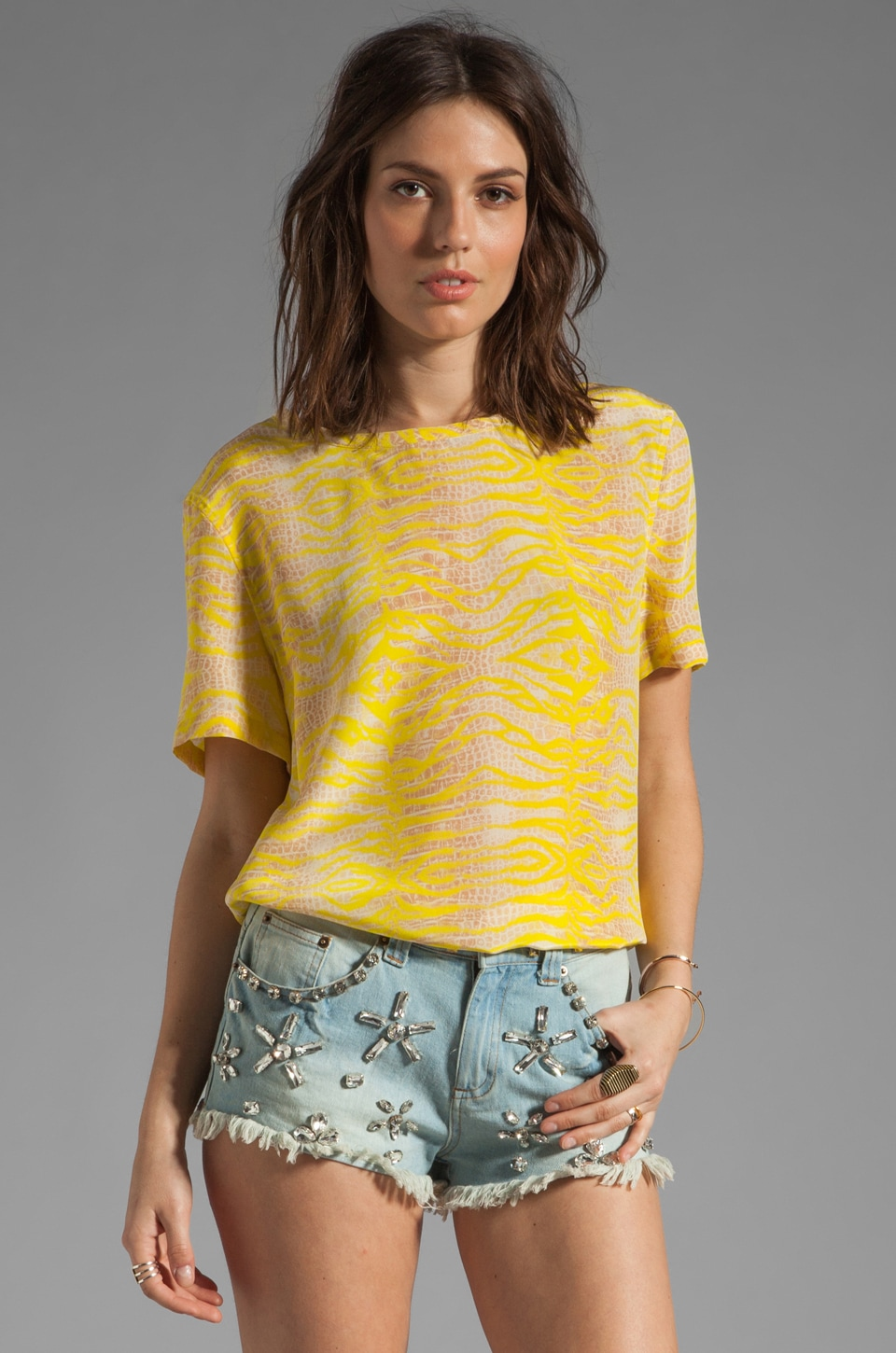 Equipment Riley Tee in Canary Multi
