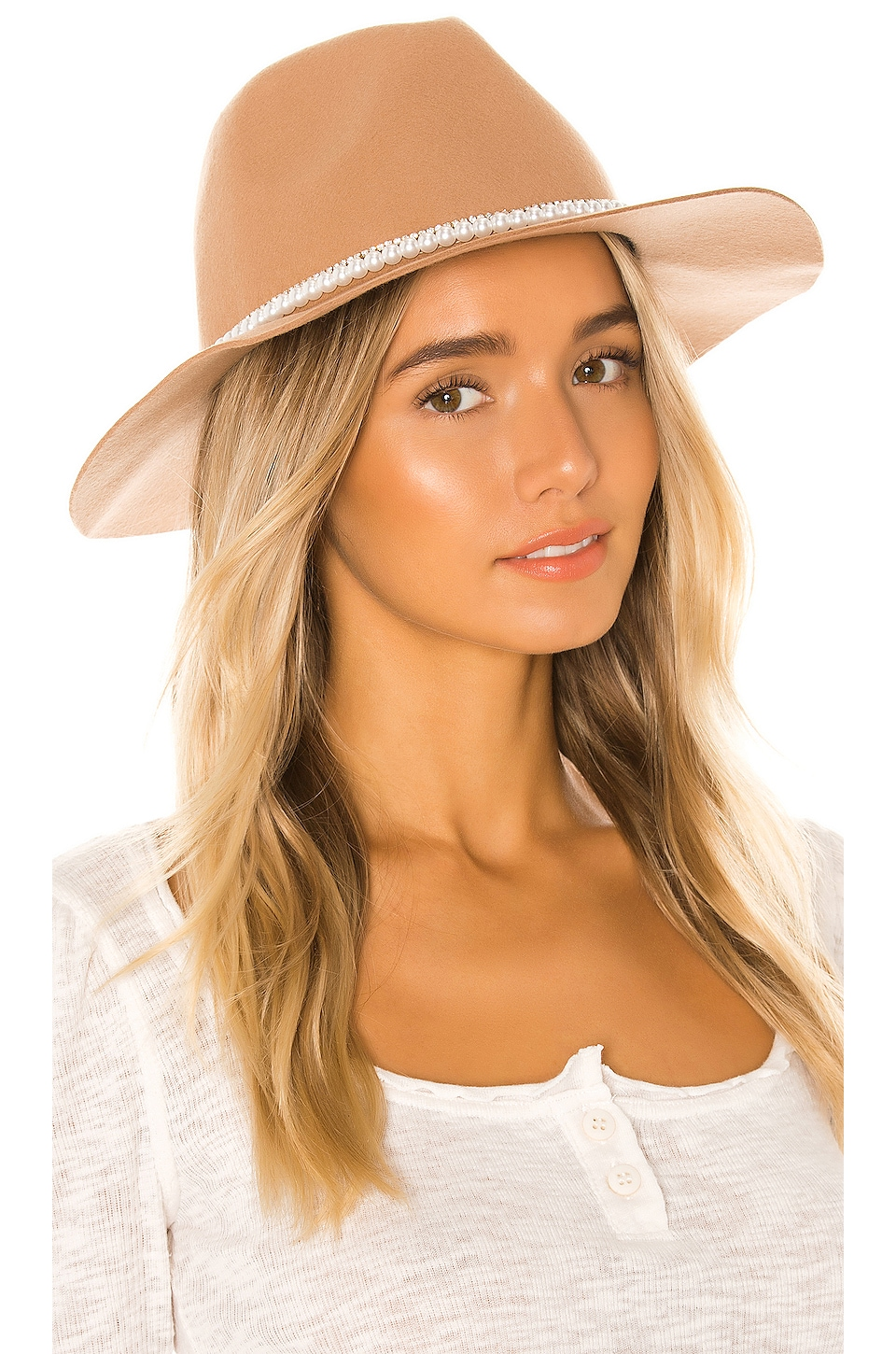 Ettika Pearl Band Hat in Tan