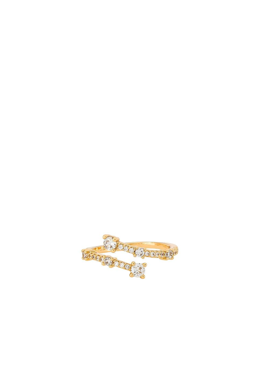 Ettika Rhinestone Twist Ring in Gold