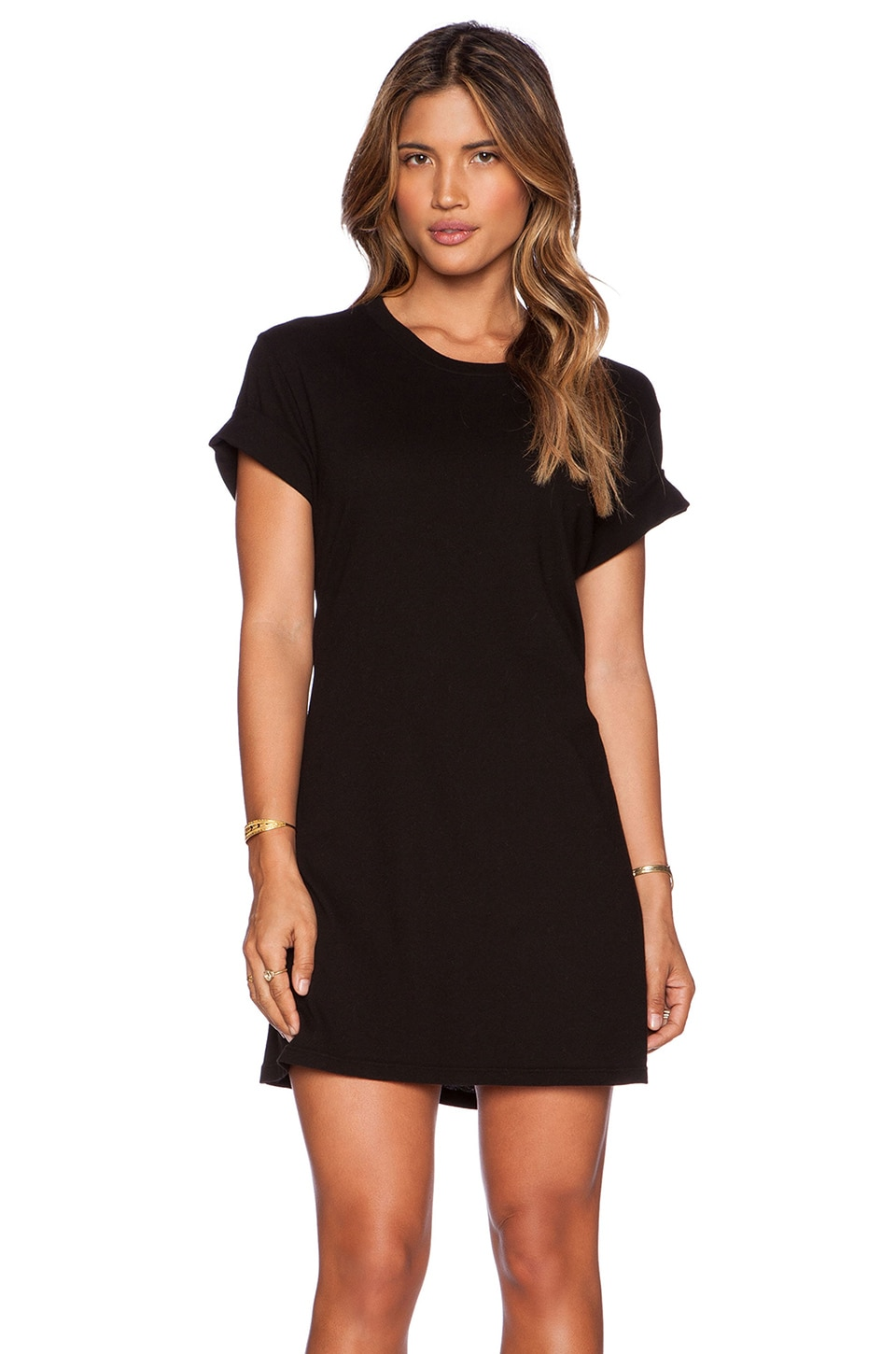 Old Navy has a collection of t-shirt dress that provides a stylish look and a comfortable fit. Choose from knit dresses in a wide selection of fabulous styles and colors.