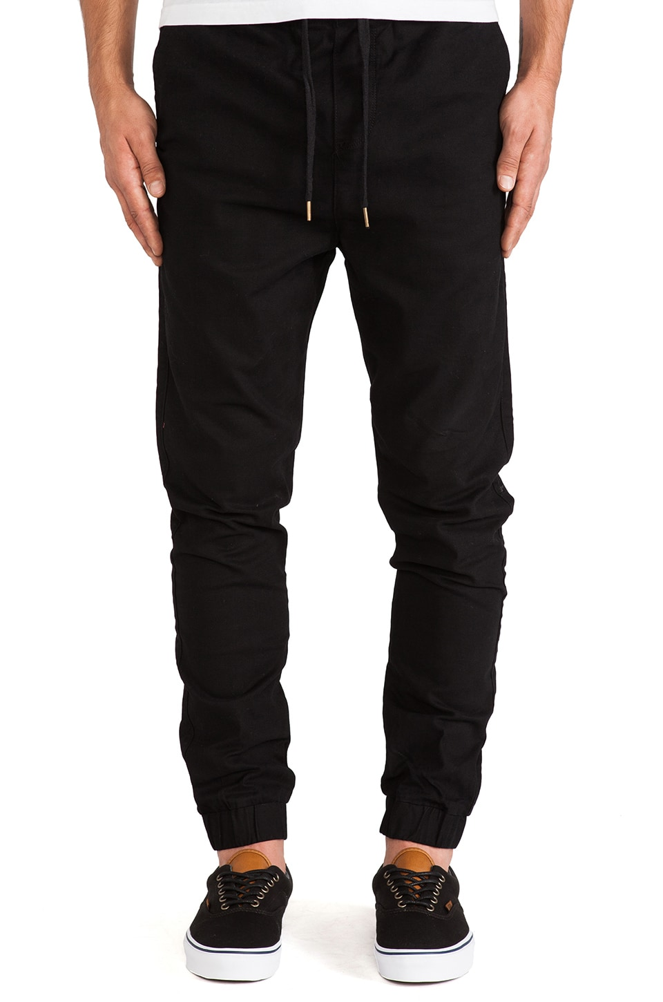 Ezekiel Def Tone Pant in Black