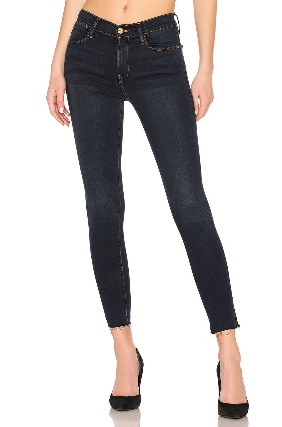 FRAME Le High Skinny Slit Jean in Fonda