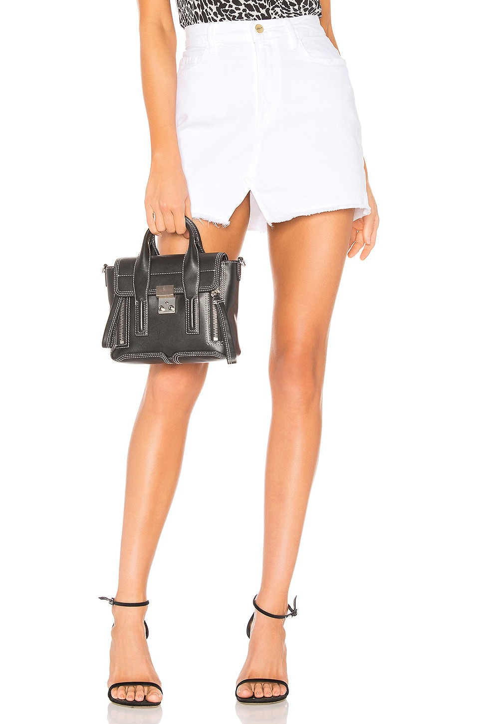 FRAME Le Mini Skirt in Blanc