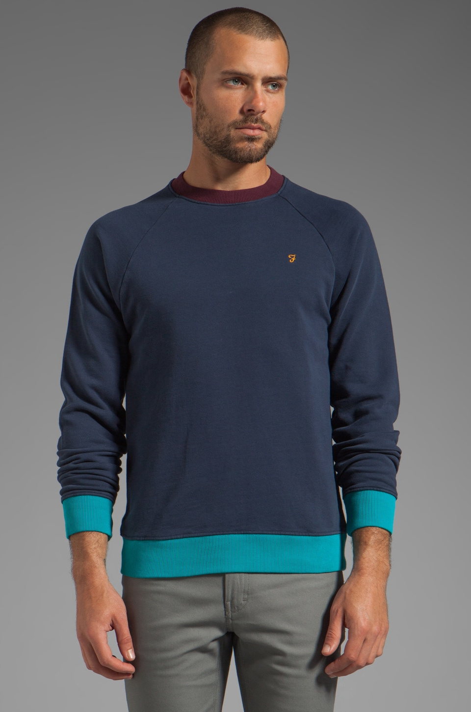FARAH VINTAGE The Ryder Contrast Sweater in Midnight