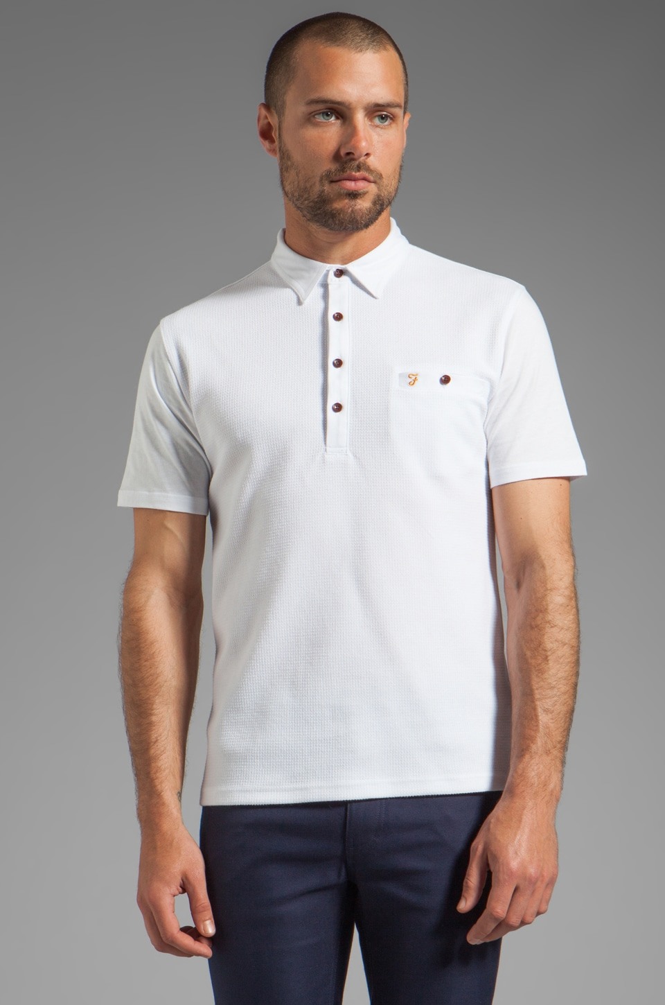 FARAH VINTAGE The Lester Textured Front Welt Pocket Polo in White