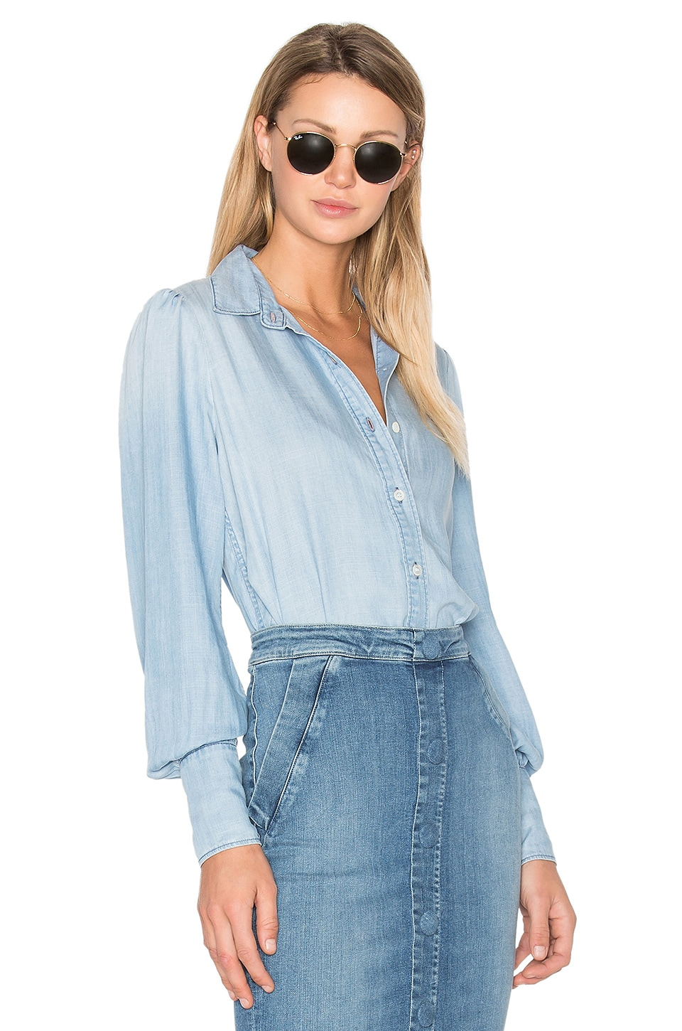 FRAME Denim Feminine Button Up in Rowan