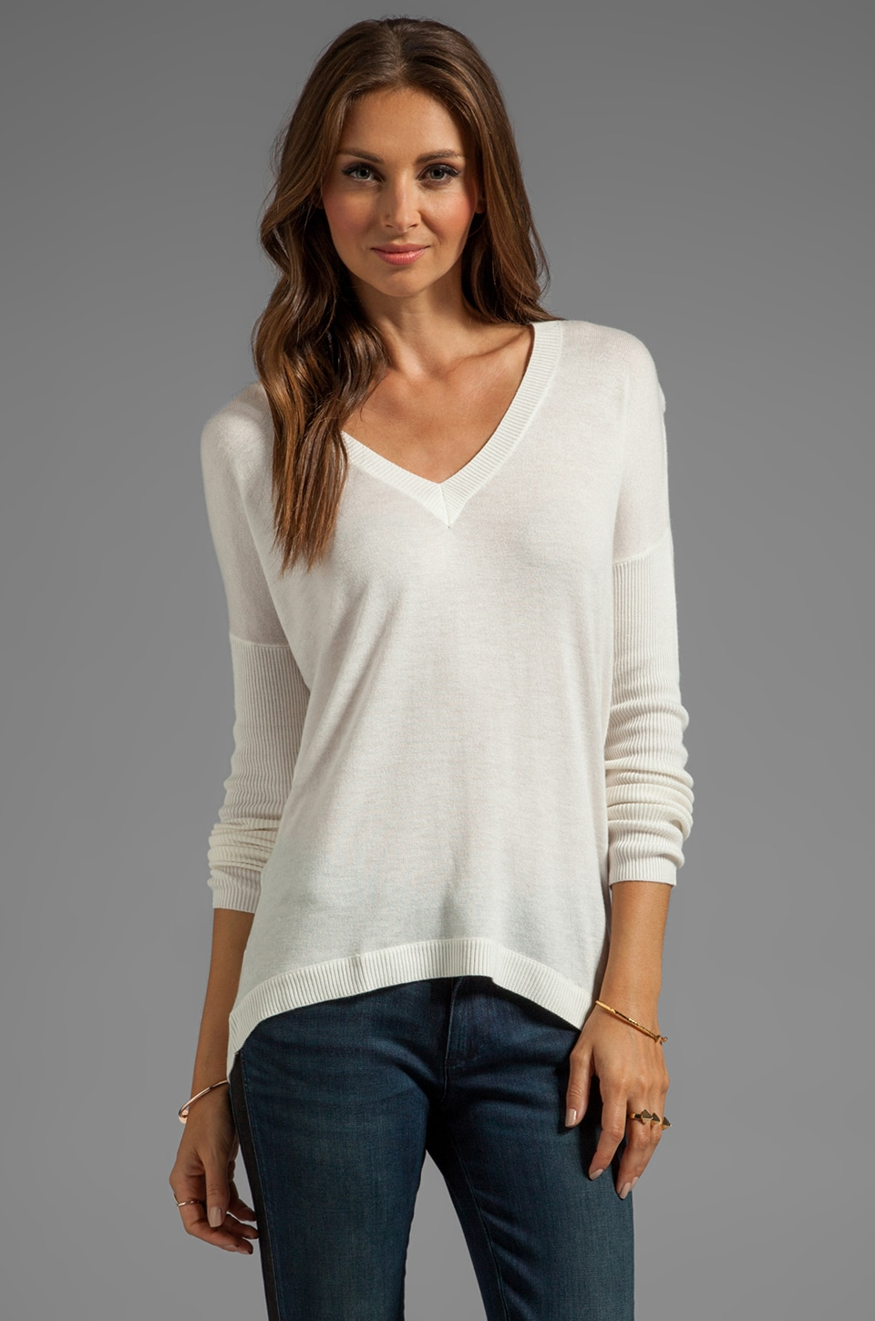 Feel the Piece V Neck Sweater in Winter White