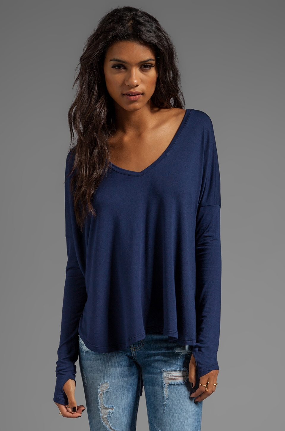 Feel the Piece Robin Top in Navy