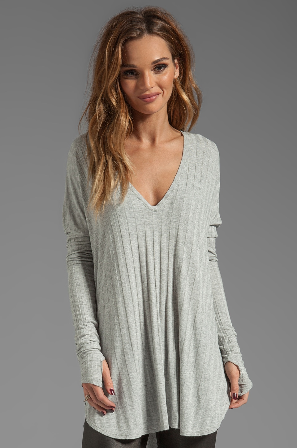 Feel the Piece Robin Top in Heather Grey