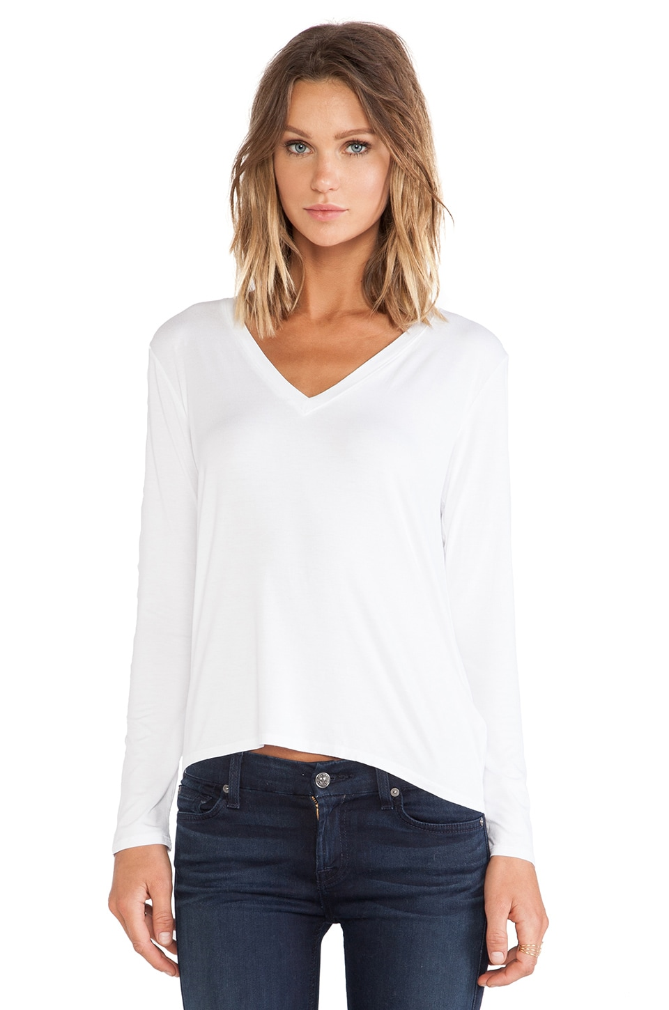 Feel the Piece Alec V Neck in White