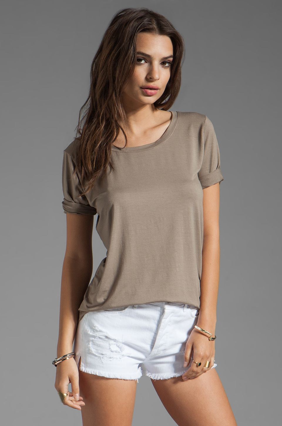 Feel the Piece Boyfriend Tee in Taupe