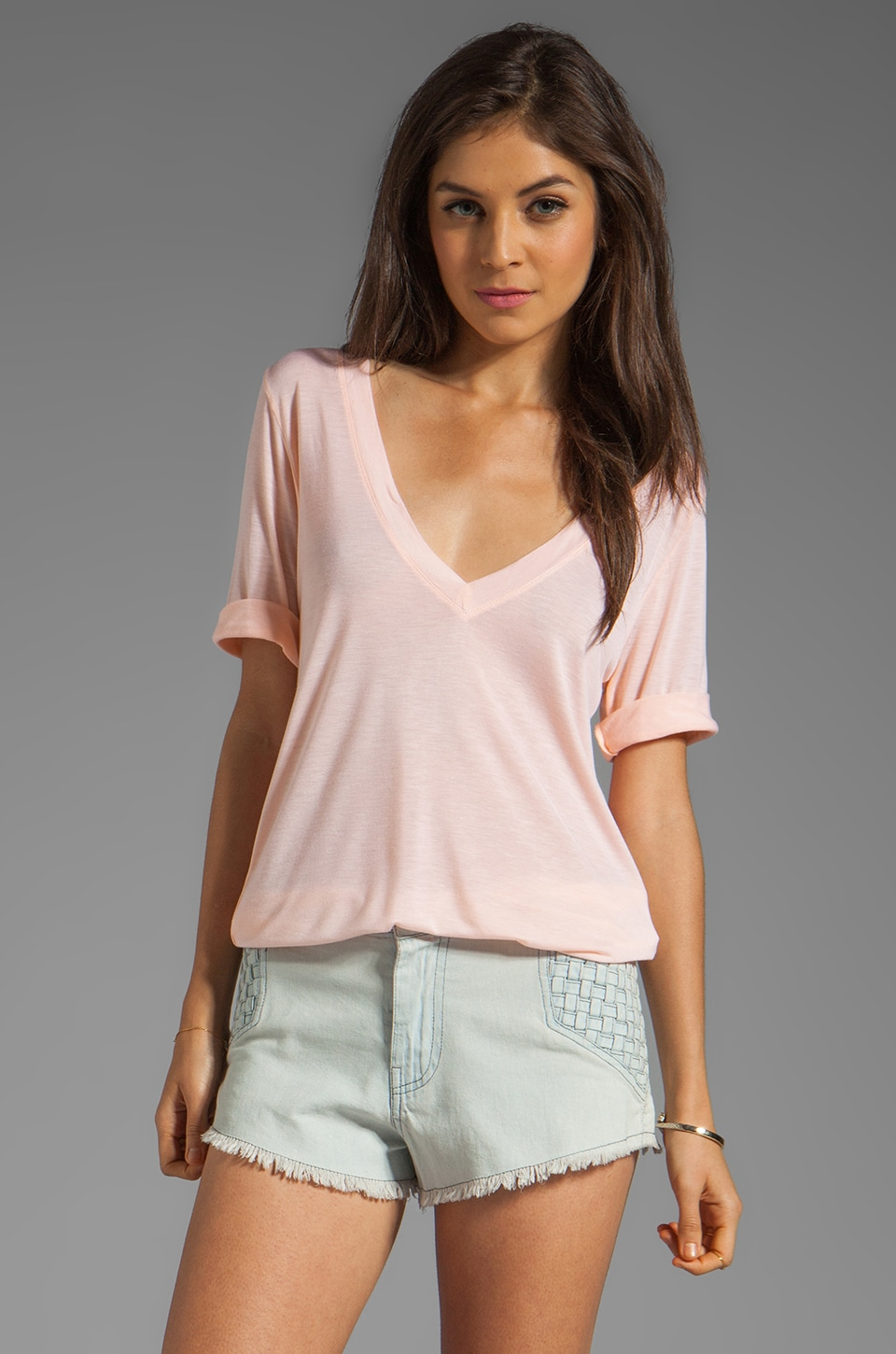 Feel the Piece Best Friend V-Neck Tee in Peach