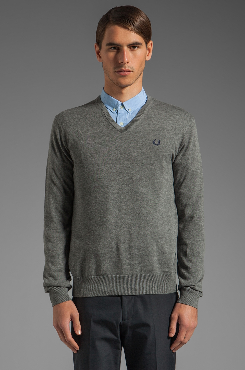 Fred Perry Classic Tipped V-Neck Sweater in Grey Marl