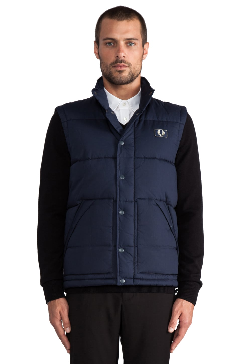 Fred Perry Quilted Gilet in Dark Carbon