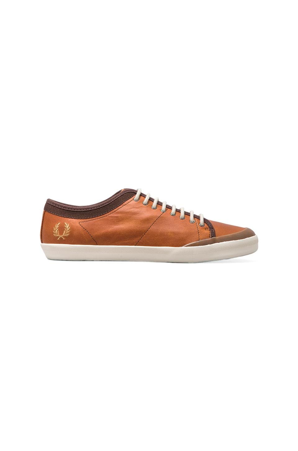 Fred Perry Hellier Leather in Dark Chocolate/Rubber