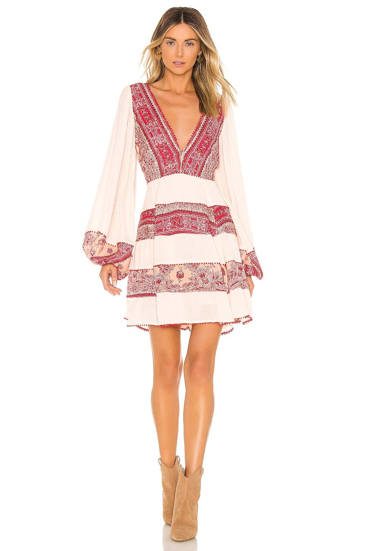 My Love Mini Dress             Free People                                                                                                                                         Sale price:                                                                       CA$ 189.06                                                                                                  Previous price:                                                                       CA$ 235.27 2