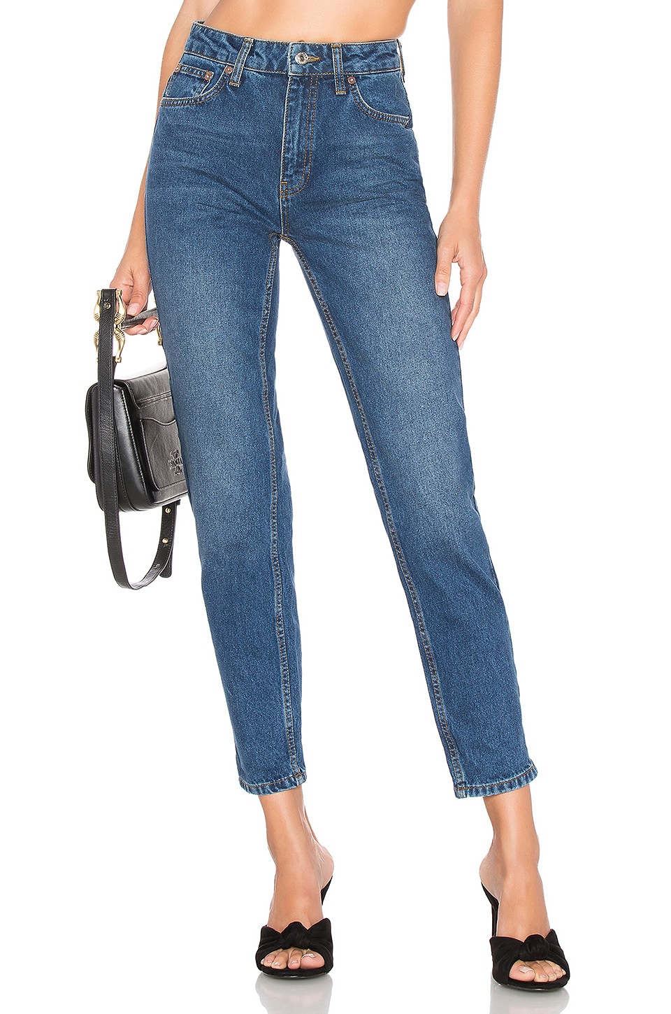Free People Jean Mom en Dark Denim