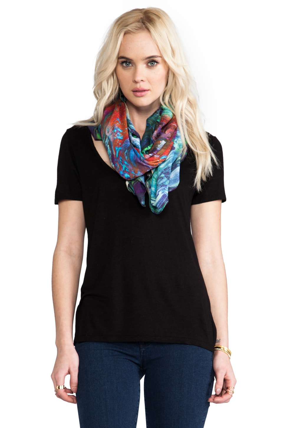 FRONT ROW SOCIETY Scarf in Sea Life