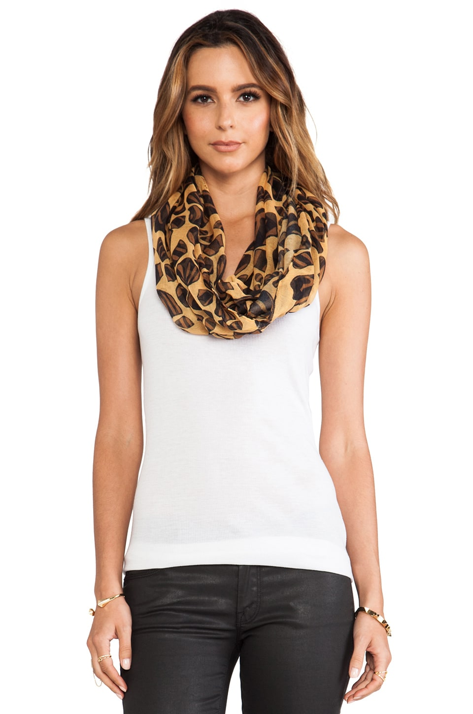 FRONT ROW SOCIETY Loop Scarf in Leopard Geckos