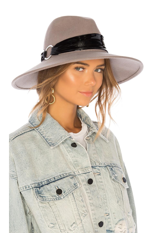 Naomi Hat