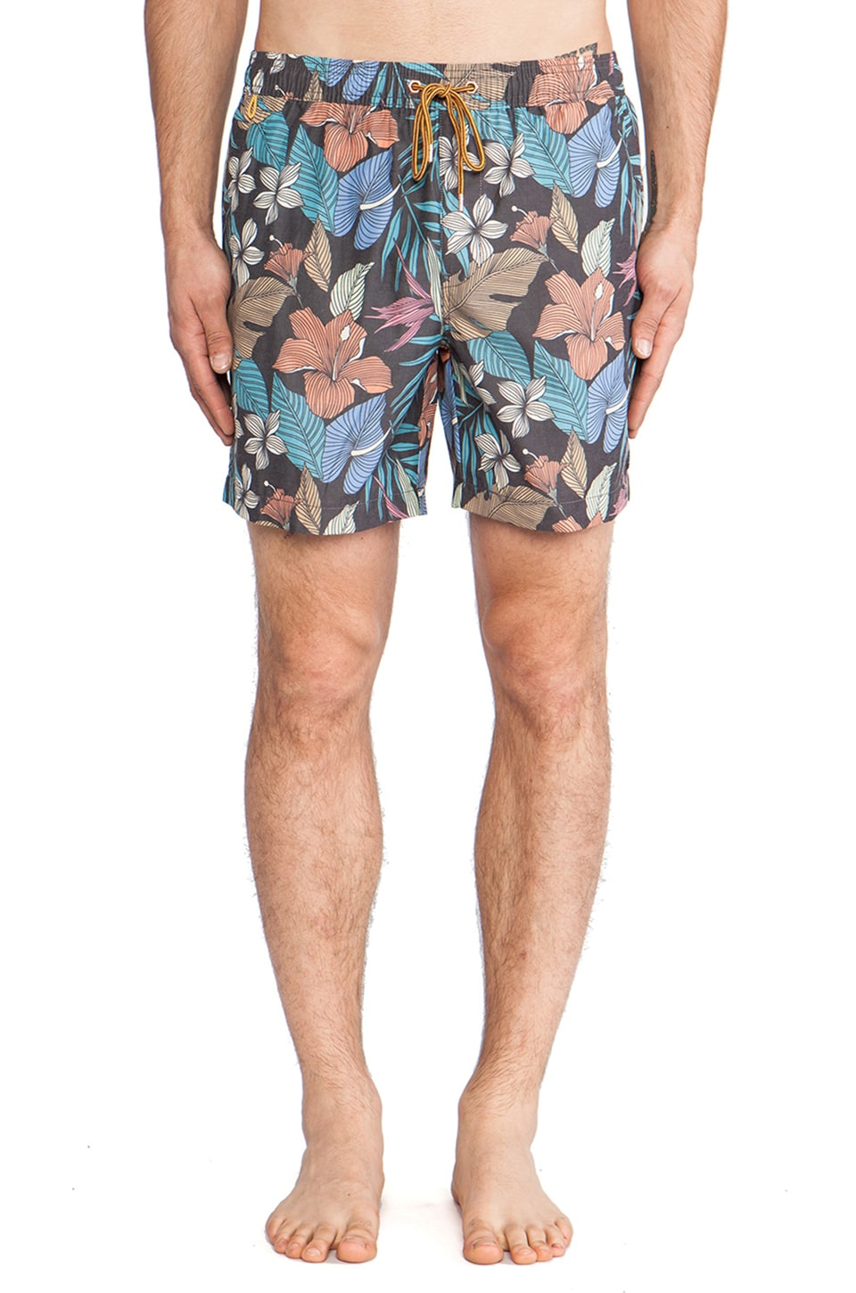 Globe Quest Boardshort in Floral