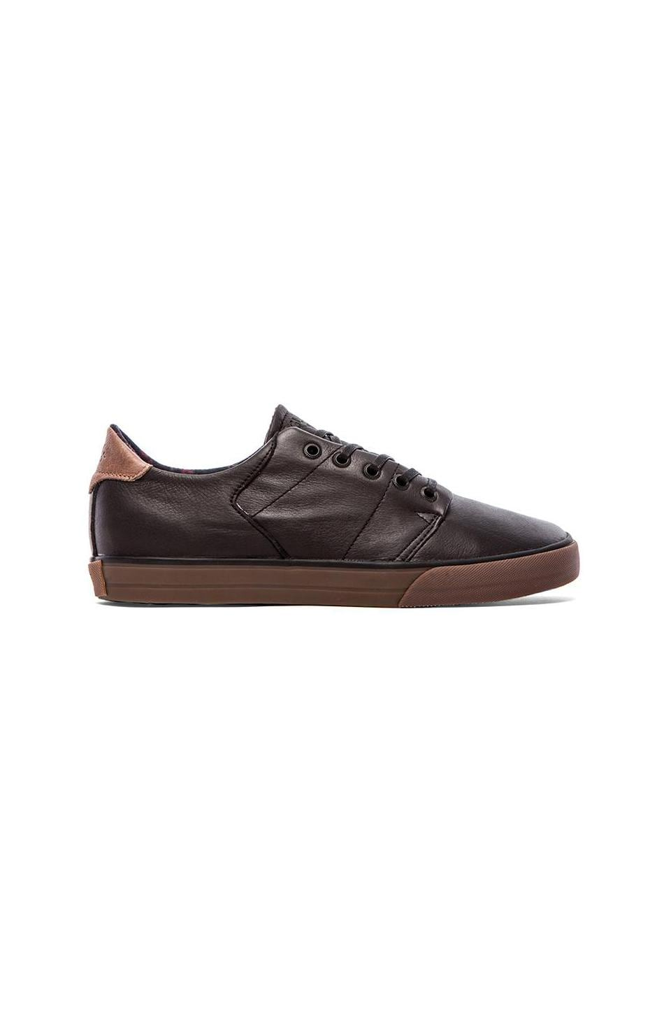 Globe Los Angered Low Sneaker in Black/Gum