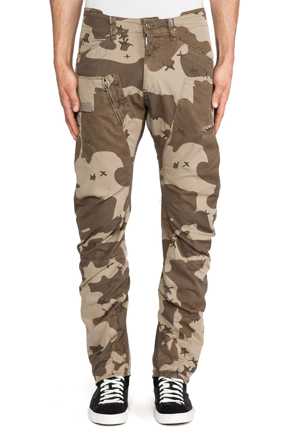 G-Star Powel Field 3D Tapered Border Camo in Dune