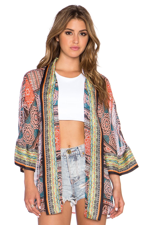 Gypsy 05 Printed Cropped Kimono in Black Multi