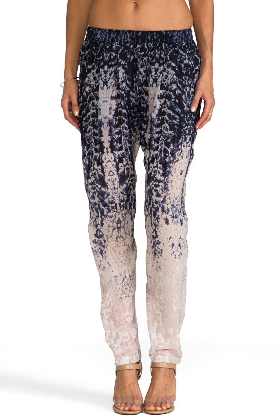 Gypsy 05 Printed Silk Perfect Pant in Overcast