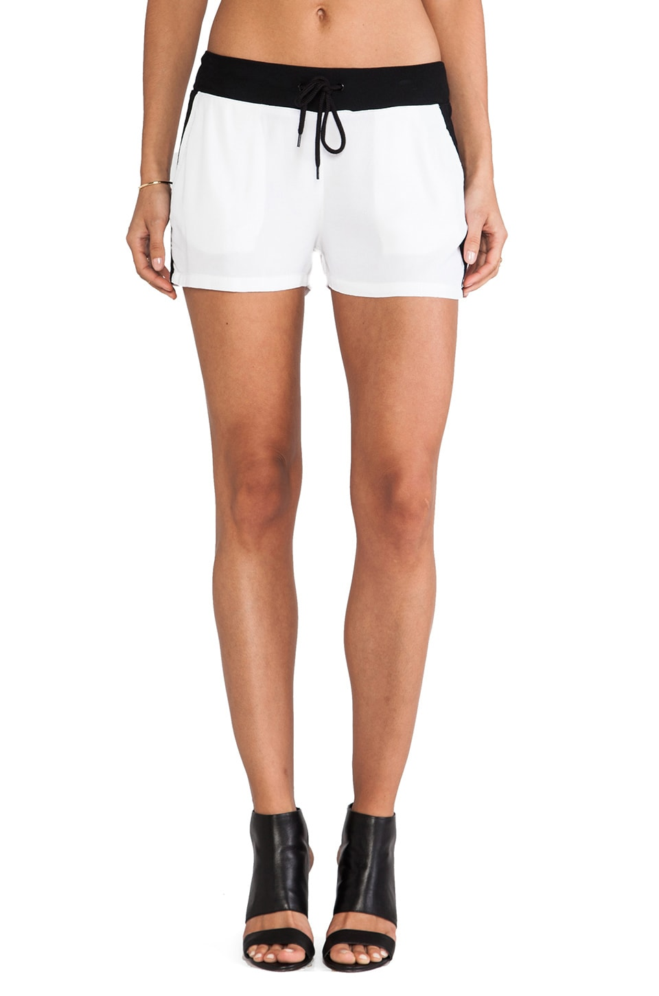 MONROW Crepe Basics Track Short in White